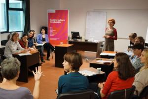 Formare gratuită despre managementul proiectelor de cooperare în şcoli_Formatori Vera Marin si raluca Bem neamu_23-25 octombrie 2015_INCFC